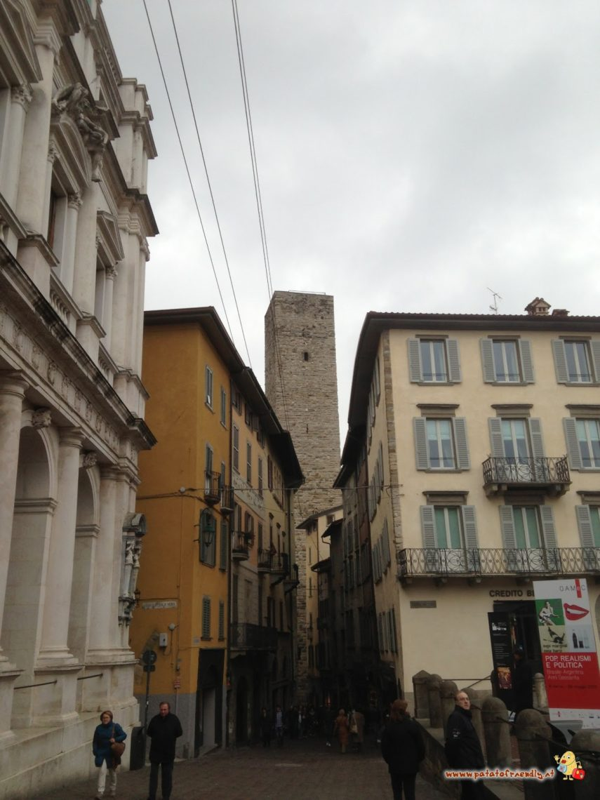 [cml_media_alt id='4251']Bergamo dall'alto - La Torre del Gombito[/cml_media_alt]