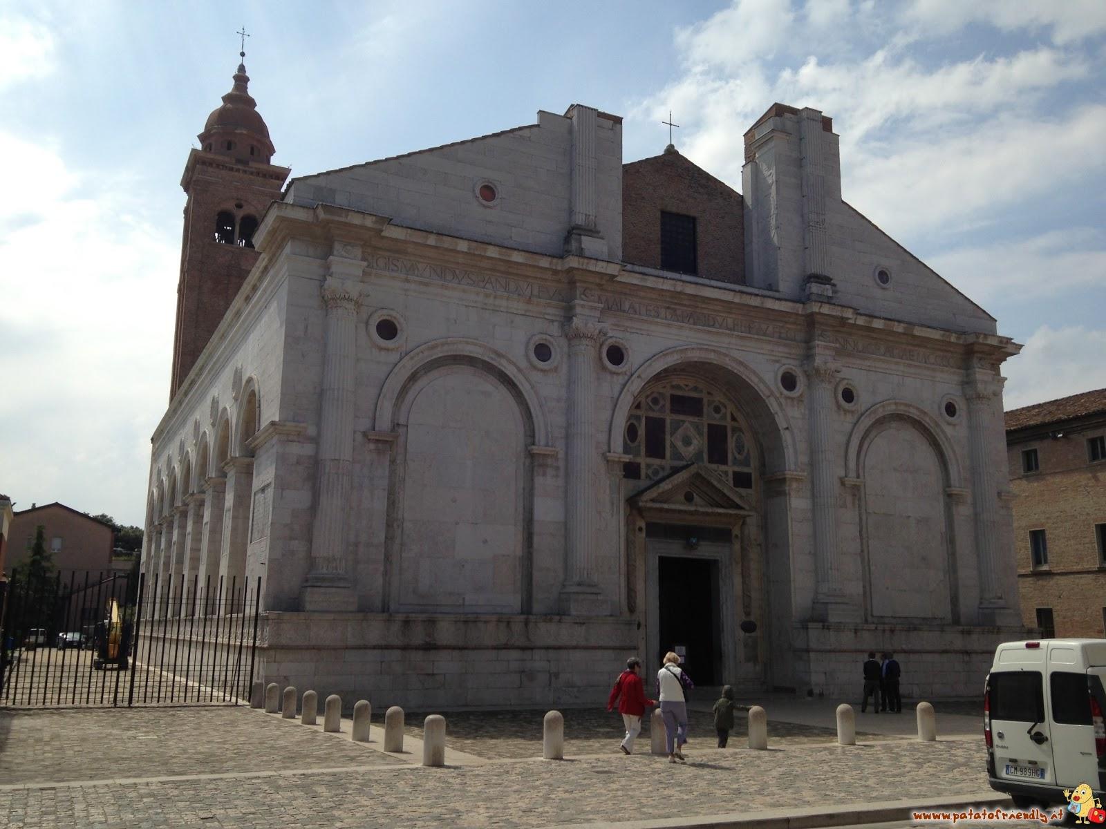 [cml_media_alt id='4270']Il Duomo di Rimini[/cml_media_alt]