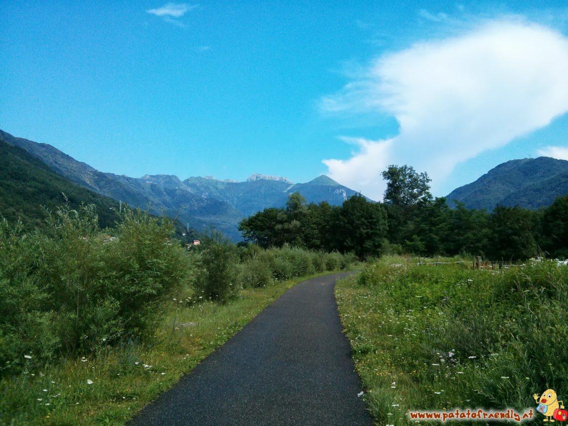 [cml_media_alt id='4606']Gita in Valsassina - La pista ciclabile che attraversa la valle immersa nella natura[/cml_media_alt]