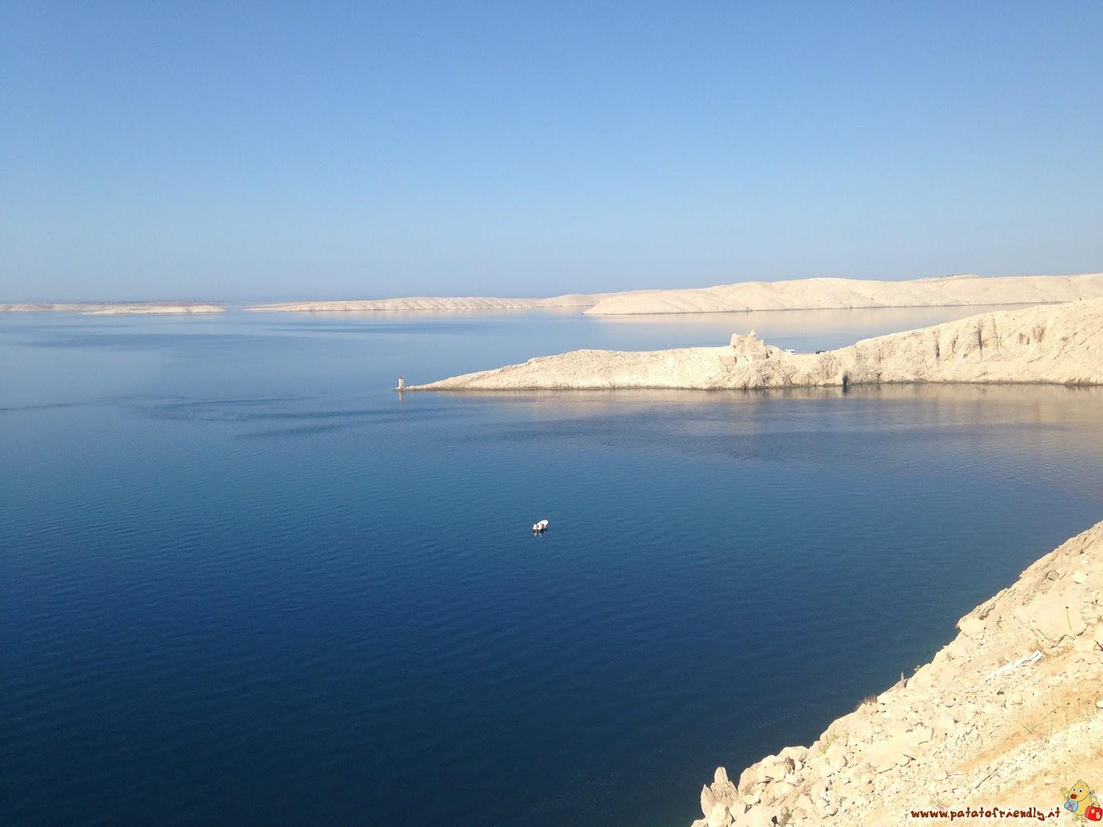 Isola di Pag il mare vista dal ponte