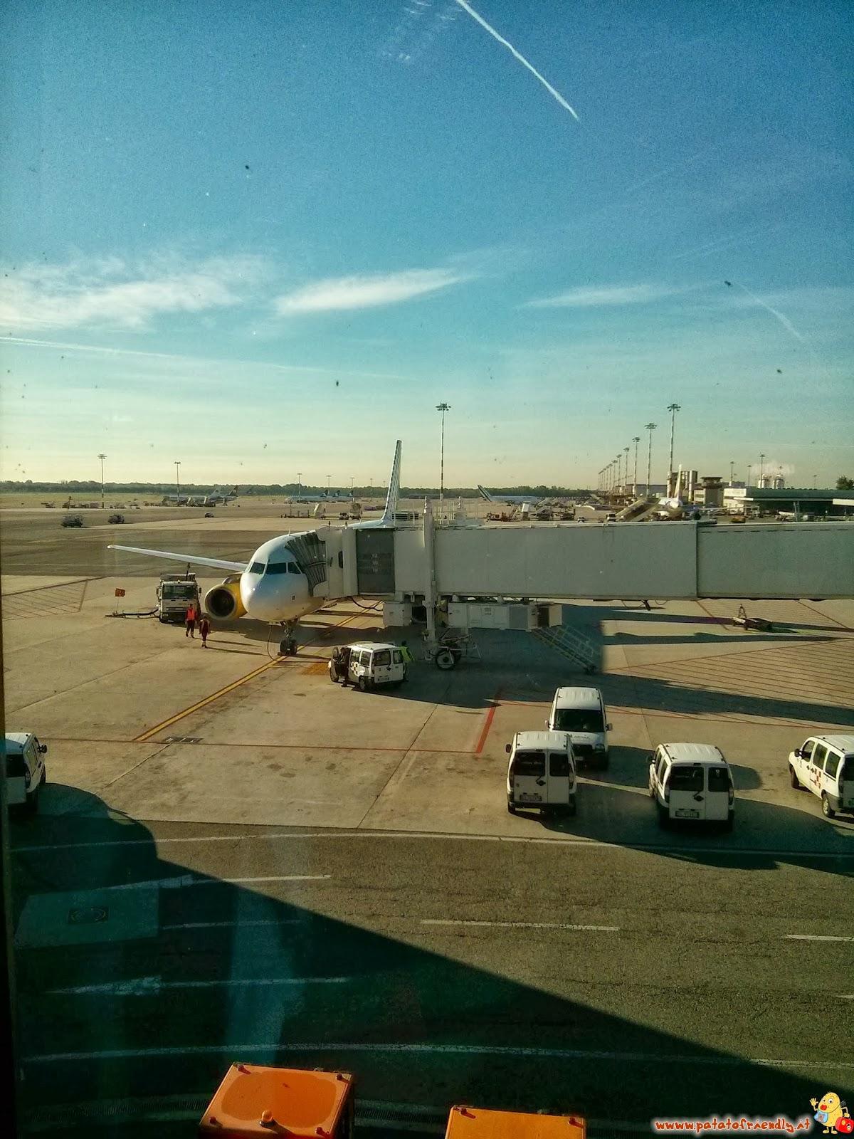 Aereo Privato Low Cost : Viaggiare coi bambini in aereo low cost patatofriendly