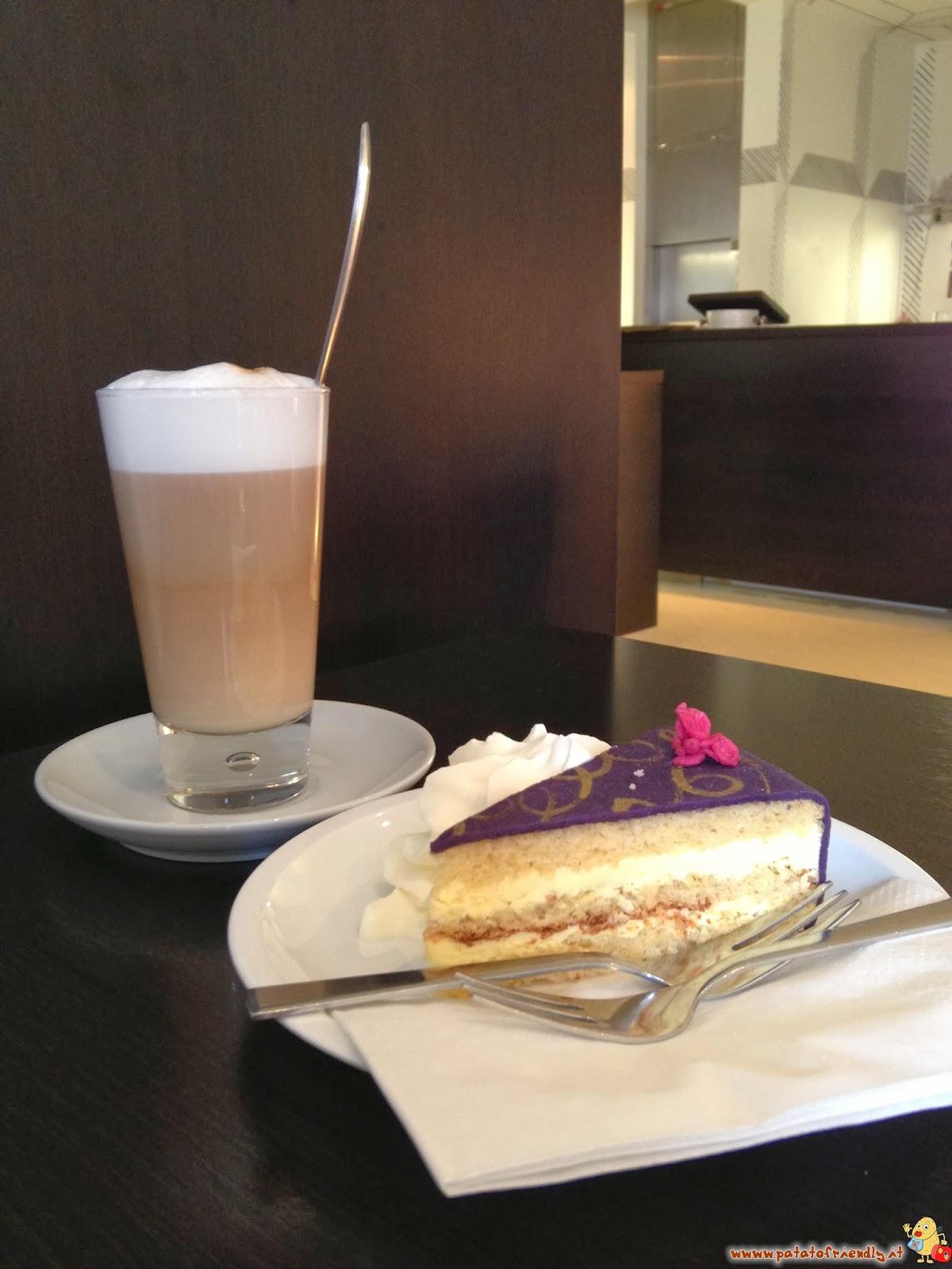 La torta del Caffé Belvedere uno dei bar dove mangiare a Vienna