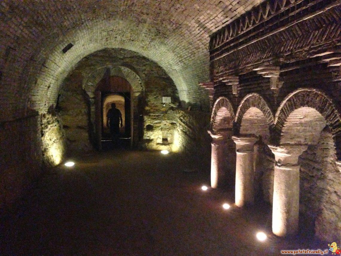 [cml_media_alt id='2424']Le grotte tufacee di Santarcangelo di Romagna[/cml_media_alt]