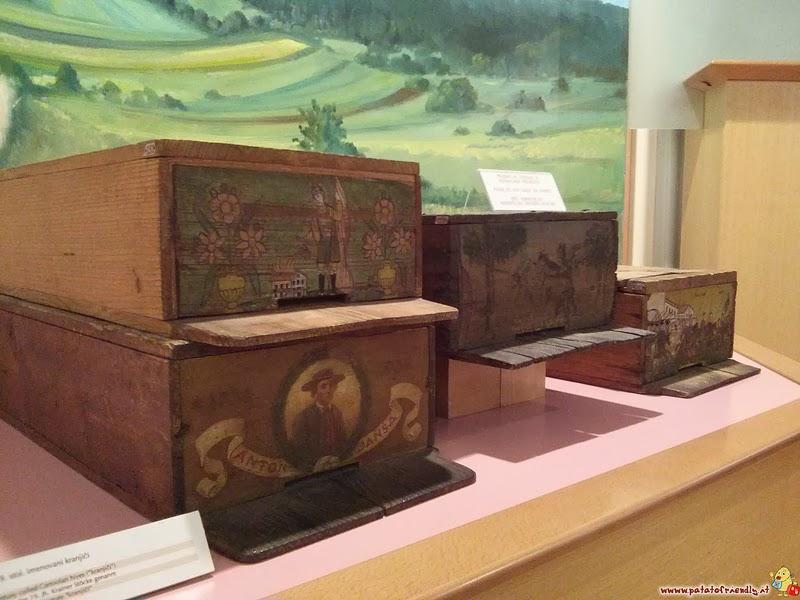 [cml_media_alt id='2226']Le splendide arnie decorate del Museo dell'Apicoltura[/cml_media_alt]