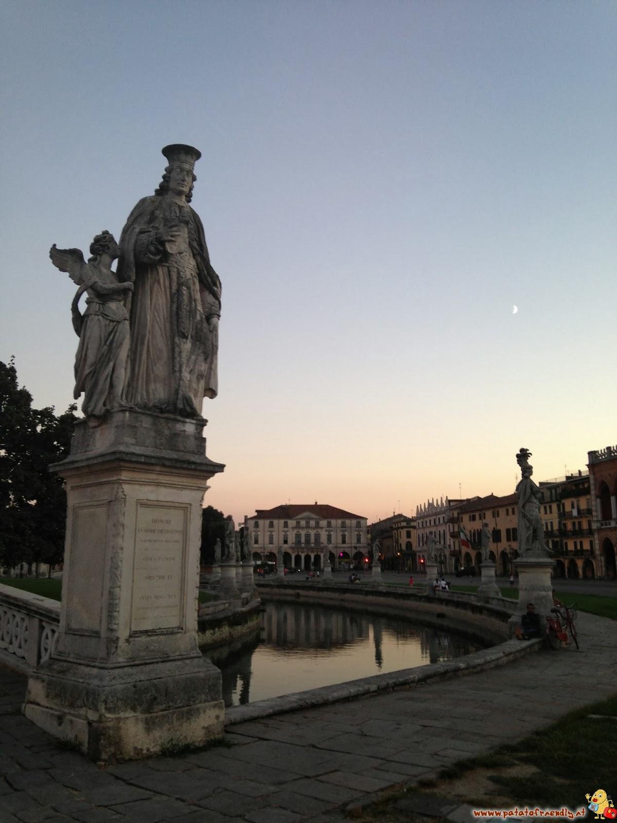 [cml_media_alt id='4111']Il tramonto sul Prato della Valle - da vedere a Padova[/cml_media_alt]