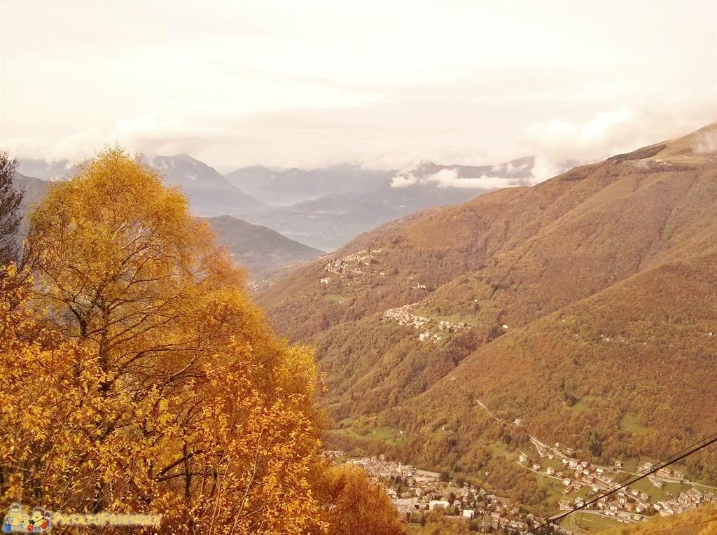 Panorama della Valsassina in autunno dal Pian delle Betulle