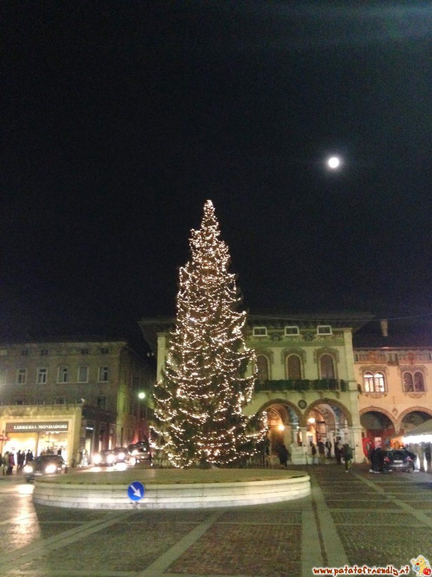 Il Grande Albero di Natale di Rovereto
