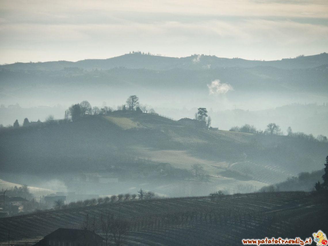 Foschia tra le colline