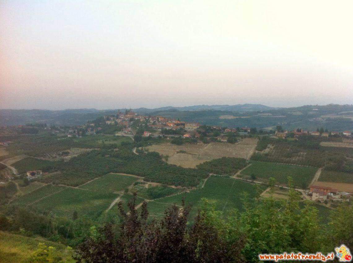 [cml_media_alt id='3616']Vista delle Langhe - Montelupo Albese[/cml_media_alt]