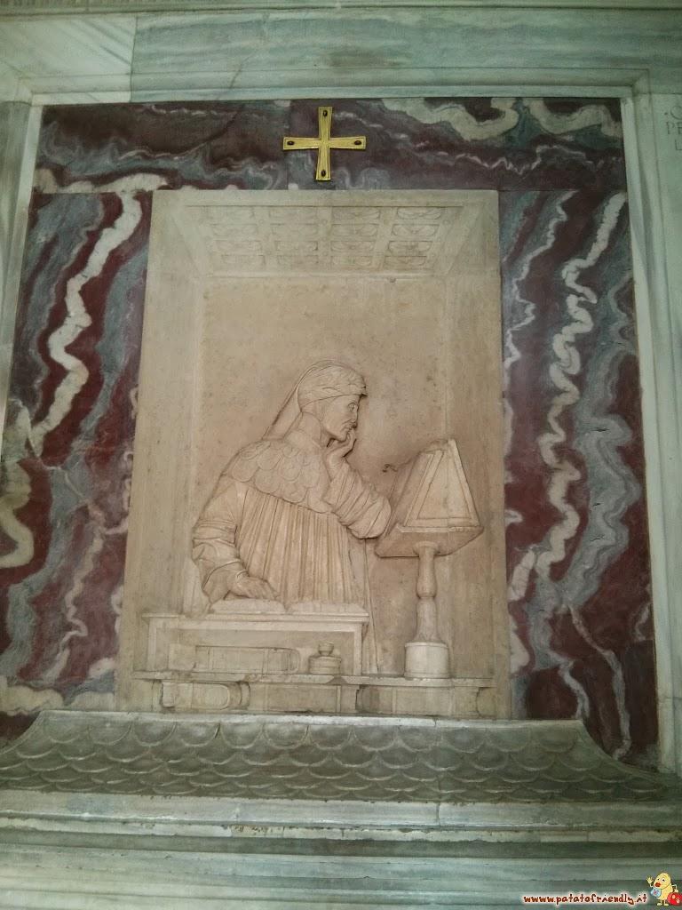 La tomba di Dante Alighieri da vedere a Ravenna con bambini