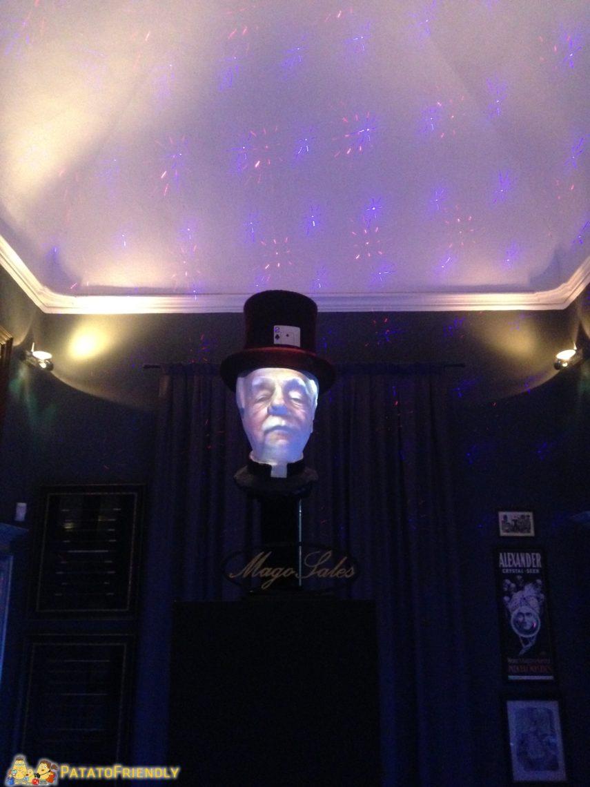 L'ologramma del Mago Sales al Museo della Magia di Cherasco