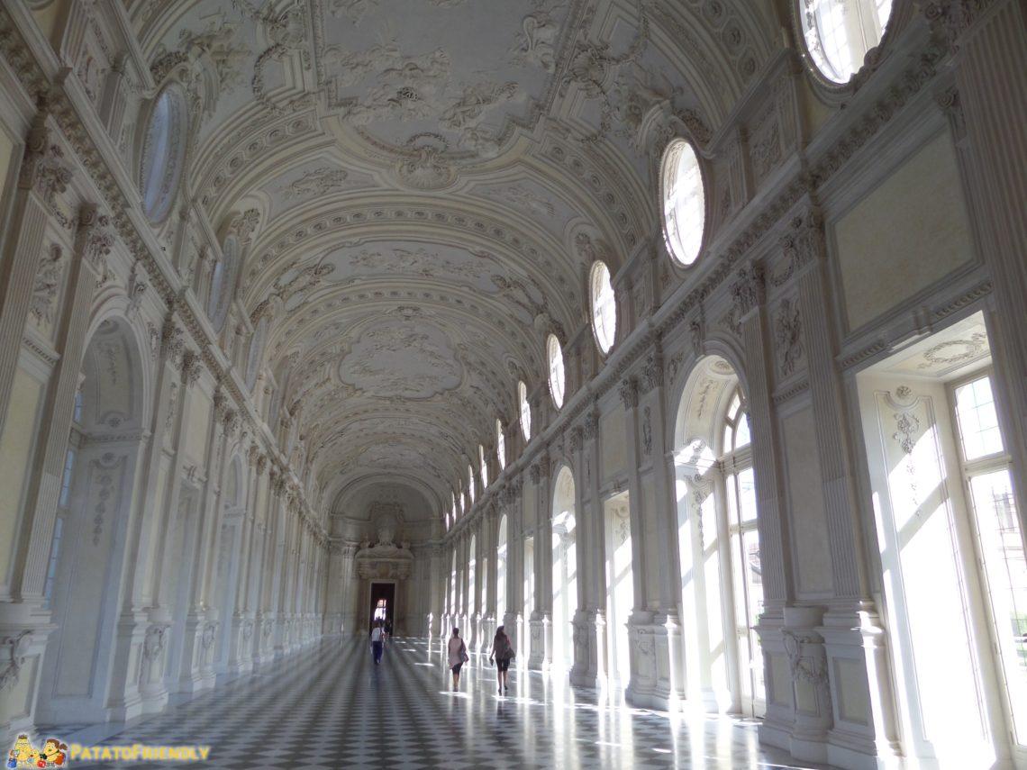 [cml_media_alt id='3987']La sontuosa Galleria di Diana alla Reggia di Venaria[/cml_media_alt]
