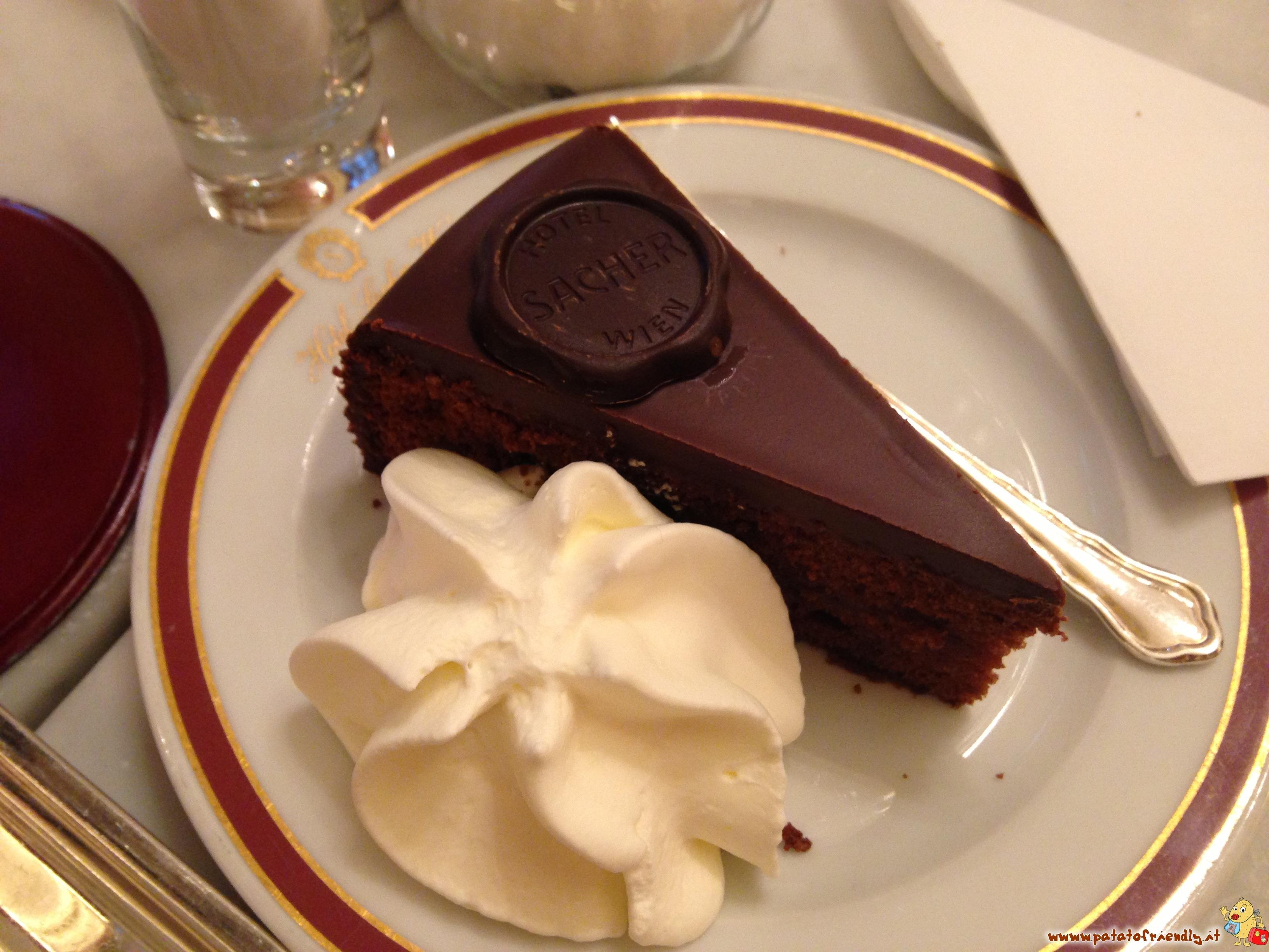 La deliziosa Sacher Torte originale da provare a Vienna