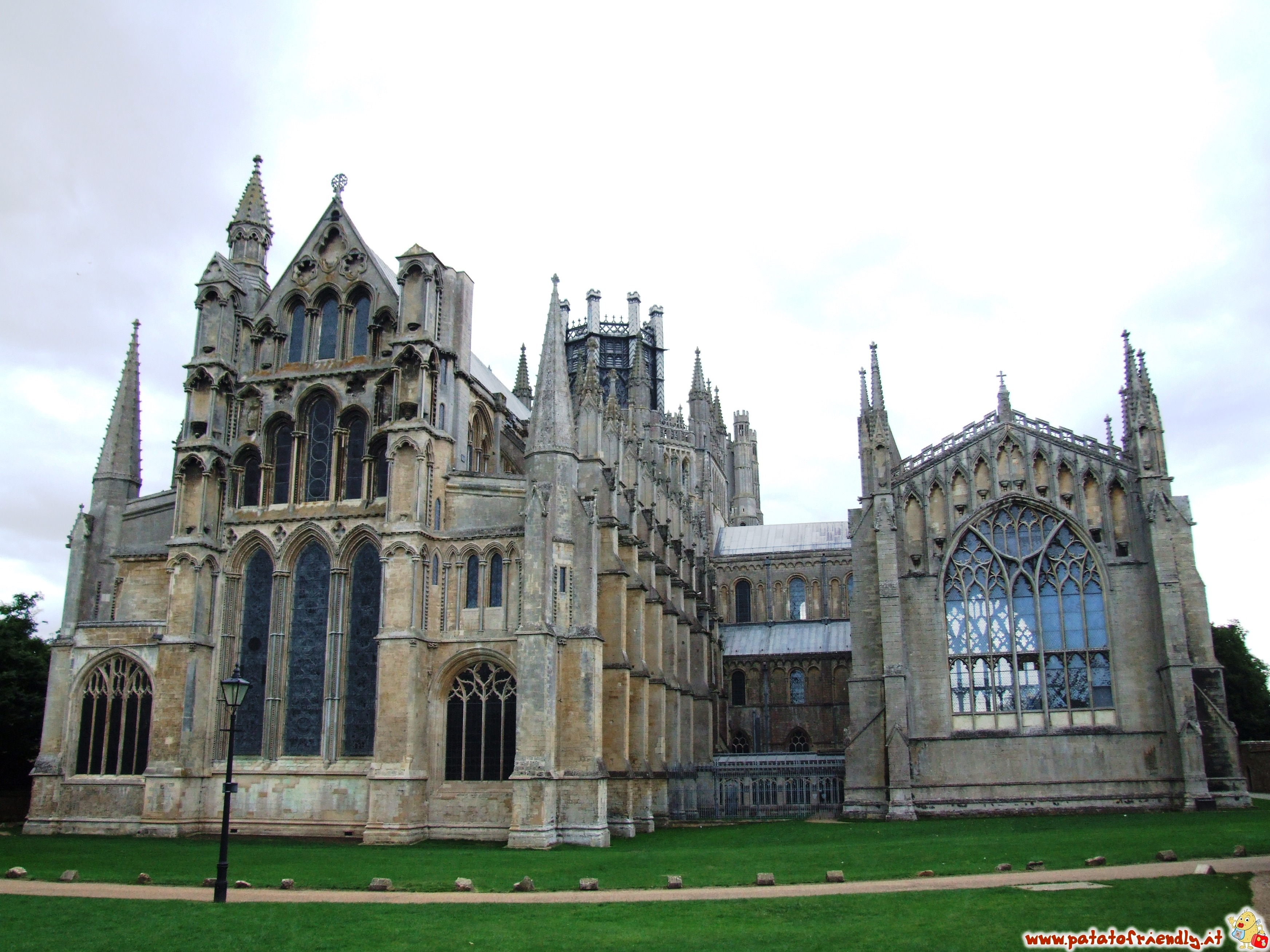 La maestosa cattedrale di Ely