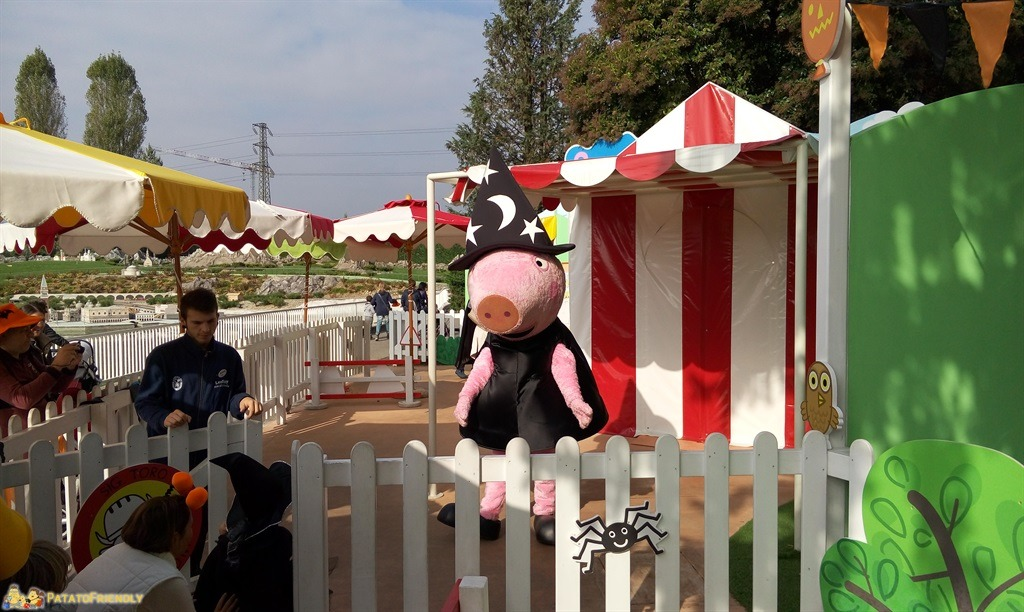 "[cml_media_alt id='4498']Peppa Pig in versione ""dolcetto o scherzetto?""[/cml_media_alt]"