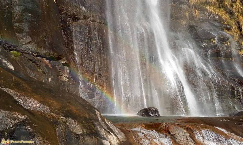L'arcobaleno sulle Cascate dell'Acquafraggia