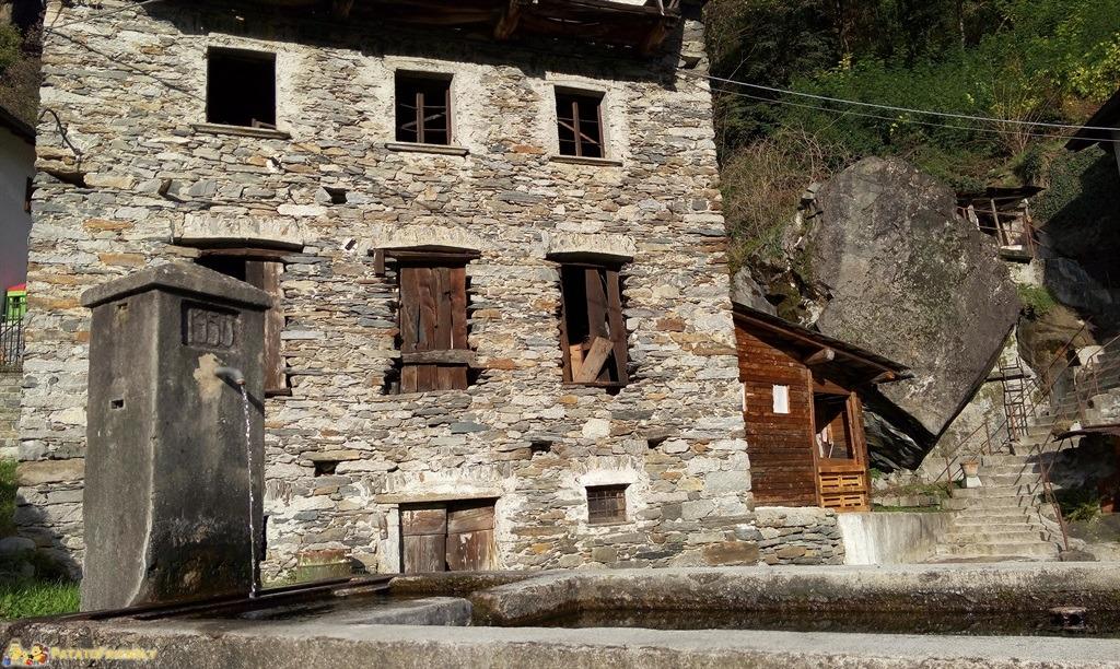[cml_media_alt id='4586']Le splendide case rustiche del borgo di Piuro[/cml_media_alt]