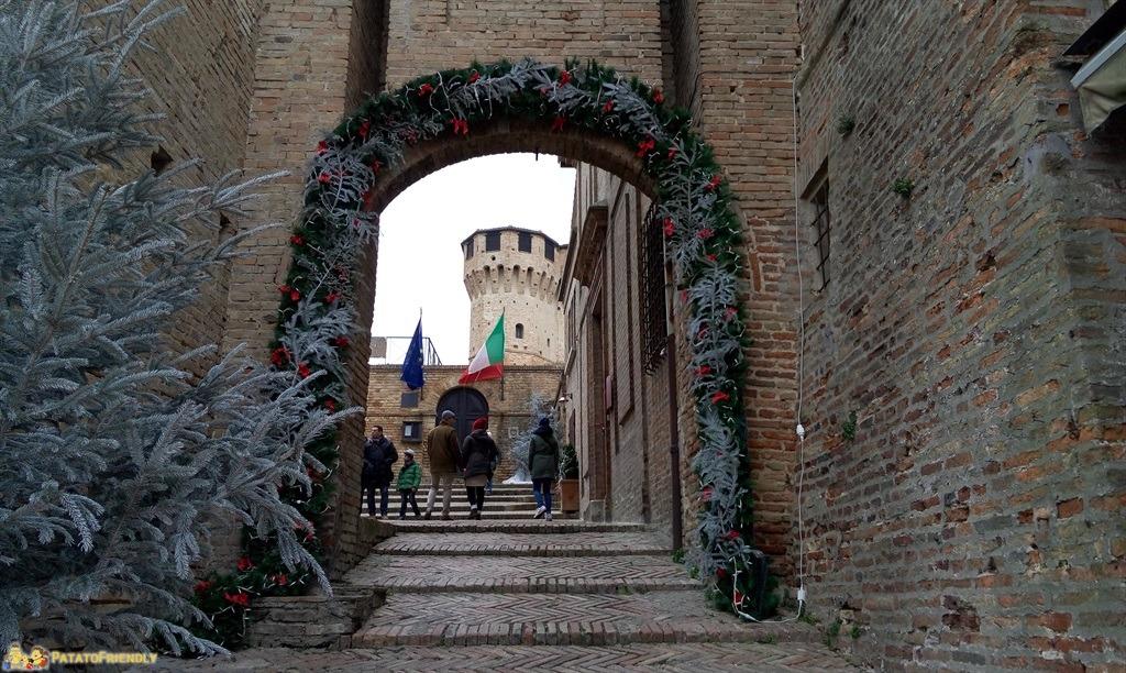 [cml_media_alt id='4855']Gradara a Natale - dove trascorrere le vacanze di Natale in Italia con bambini[/cml_media_alt]