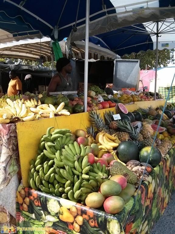 [cml_media_alt id='5062']Frutta tropicale al mercato - Guadalupa[/cml_media_alt]