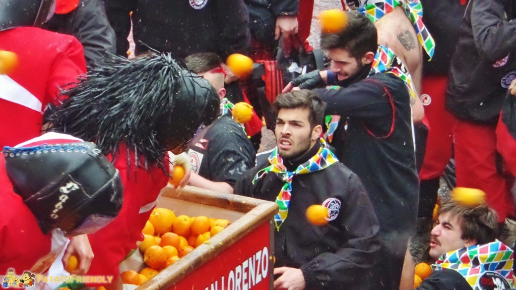 Il Carnevale di Ivrea - La battaglia delle arance