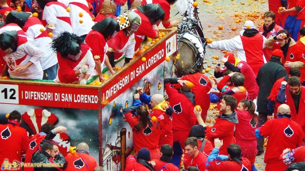 [cml_media_alt id='5288']Il Carnevale di Ivrea - La battaglia delle arance[/cml_media_alt]