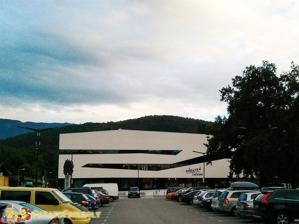 [cml_media_alt id='5095']Le Terme di Villach - La facciata esterna dell'avveniristico complesso termale della cittadina austriaca[/cml_media_alt]