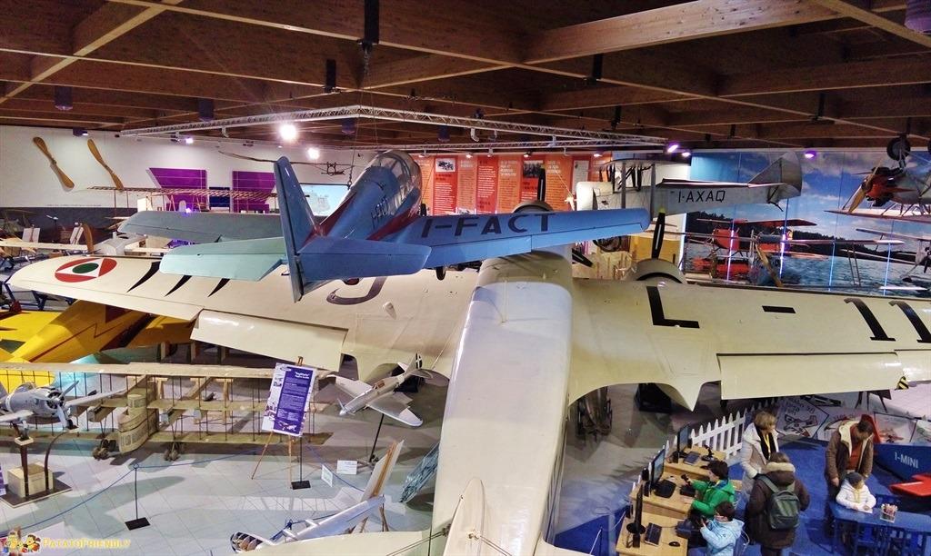 [cml_media_alt id='5032']Il Museo Caproni: l'esposizione degli aerei[/cml_media_alt]