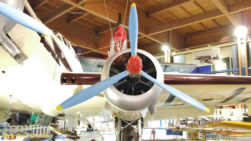 [cml_media_alt id='5033']Il Museo Caproni: dettaglio su uno dei grandi motori a elica[/cml_media_alt]
