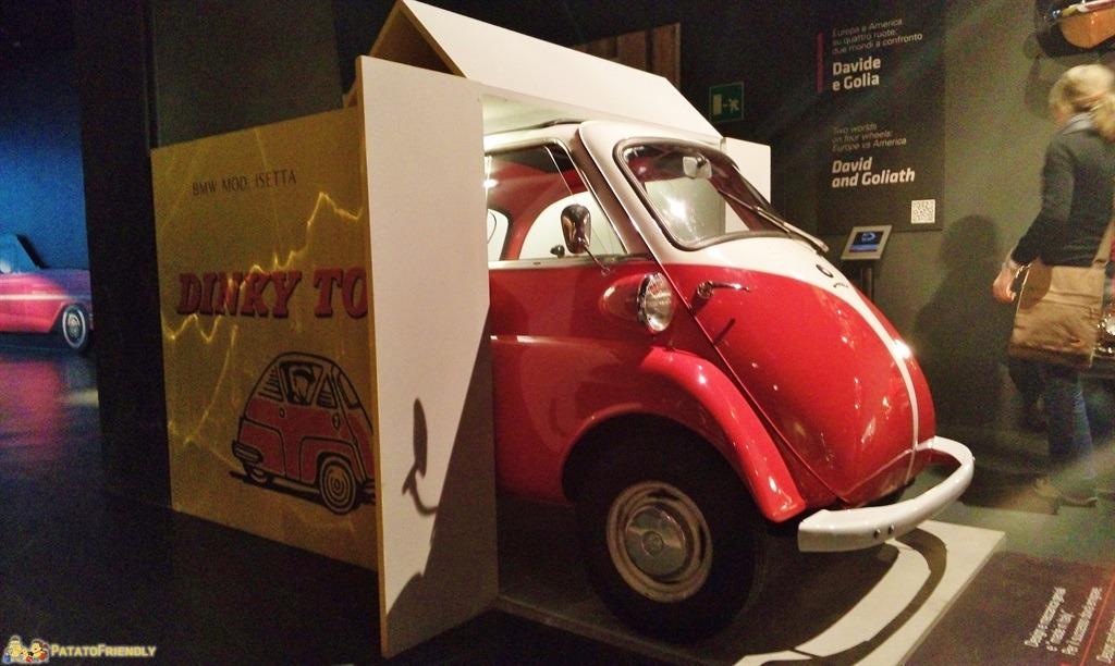 [cml_media_alt id='5467']Il Mauto, il Museo dell'Automobile di Torino - L'auto più piccola. L'Isetta BMW era ideologicamente l'antesignana della Smart di oggi[/cml_media_alt]