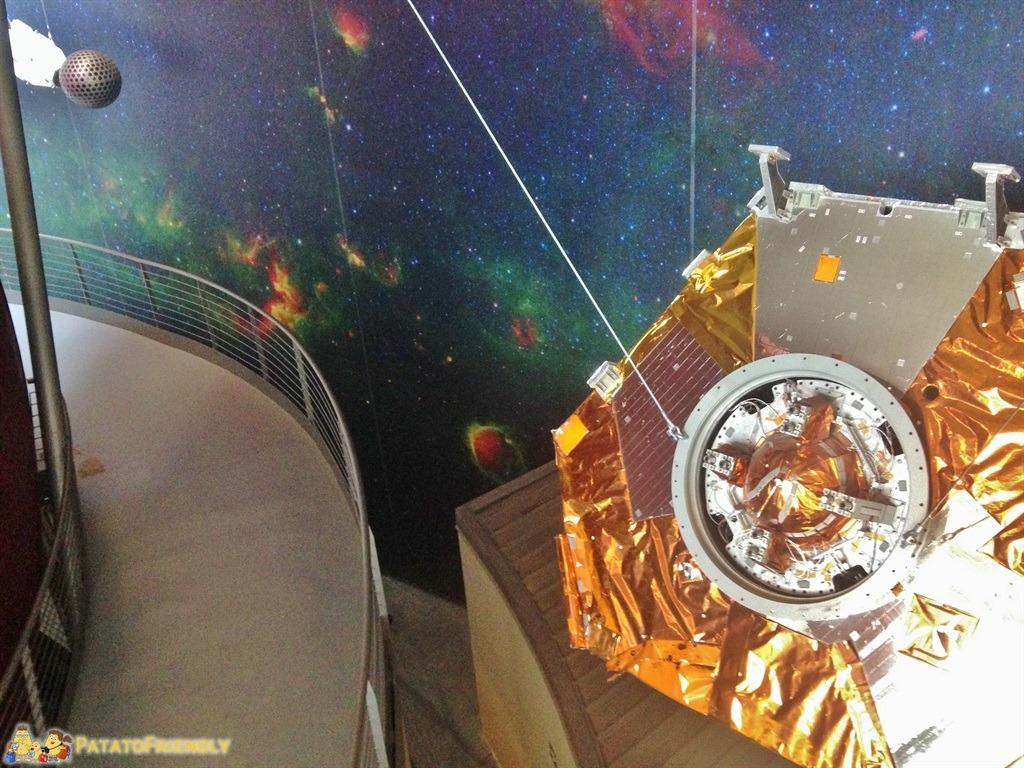 InfiniTo, il planetario di torino - Un vero satellite