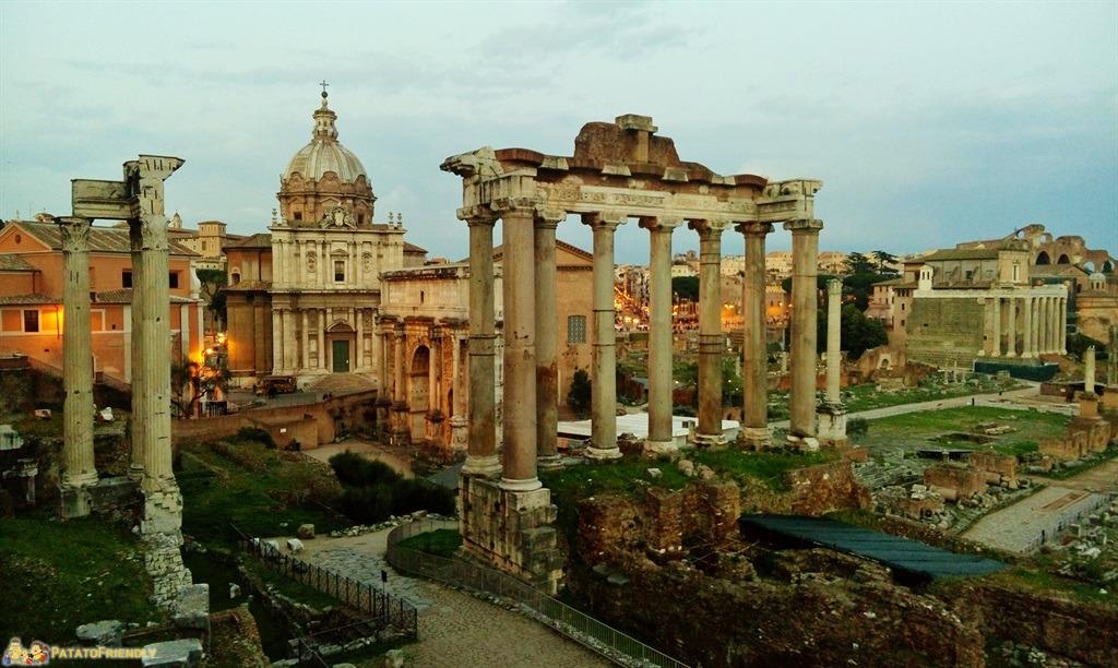 Roma per i bambini - I Fori imperiali al tramonto