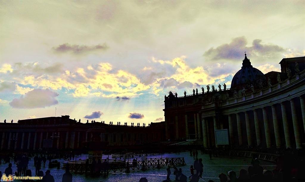 Roma per i bambini - La sagoma del Vaticano in controluce