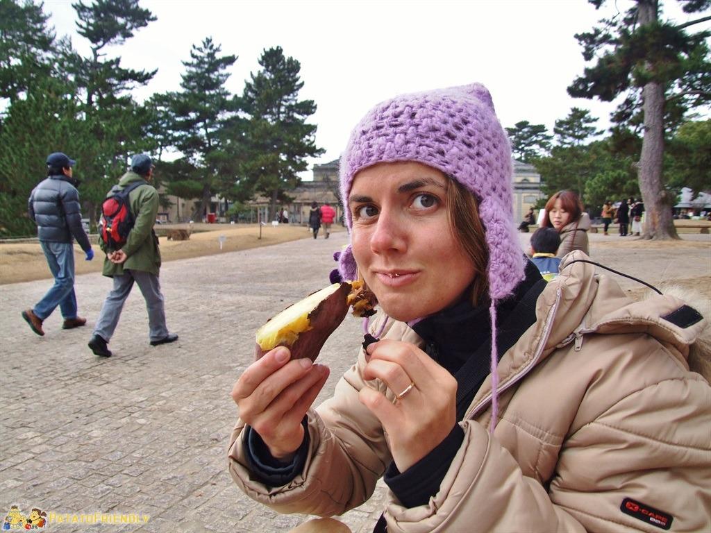 [cml_media_alt id='5175']Francesca alle prese con la mitica patata dolce giapponese[/cml_media_alt]