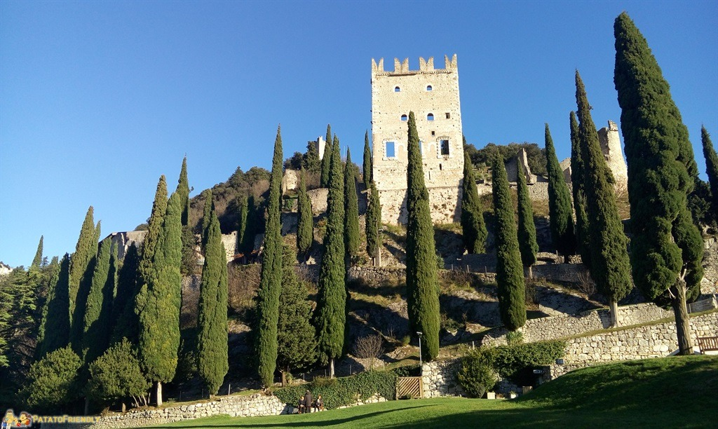 [cml_media_alt id='5390']I Mercatini di Natale in Trentino - Arco - Il Castello di Arco[/cml_media_alt]