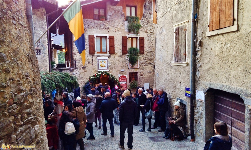 [cml_media_alt id='5396']I Mercatini di Natale in Trentino - Canale - Il borgo medievale[/cml_media_alt]