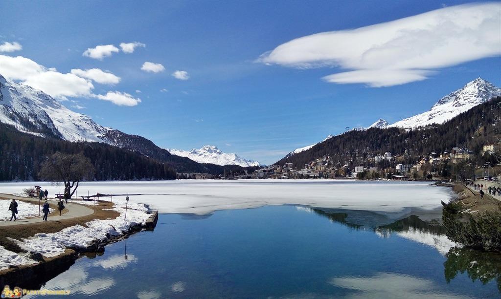 [cml_media_alt id='5581']Il trenino del Bernina - St Moritz e il suo lago ghiacciato[/cml_media_alt]