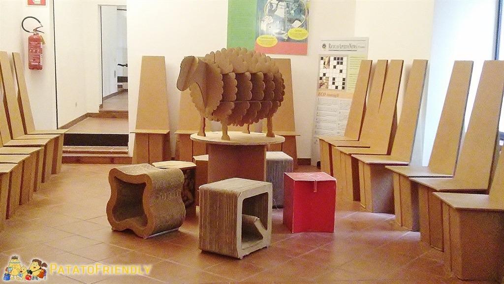 [cml_media_alt id='5788']Museo della carta di Fabriano - La sala di cartone[/cml_media_alt]