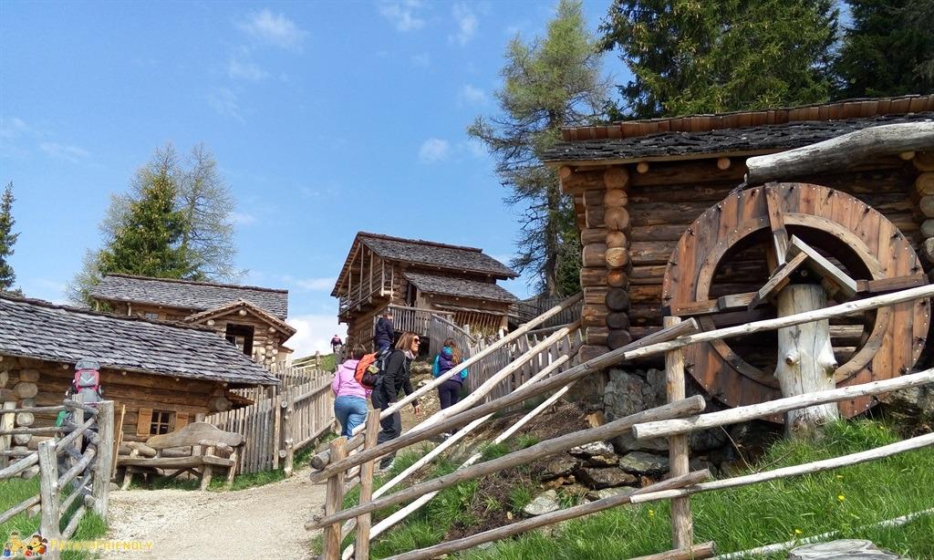 [cml_media_alt id='5880']Alta Val Pusteria - La Malga dei Bambini sul Monte Elmo[/cml_media_alt]