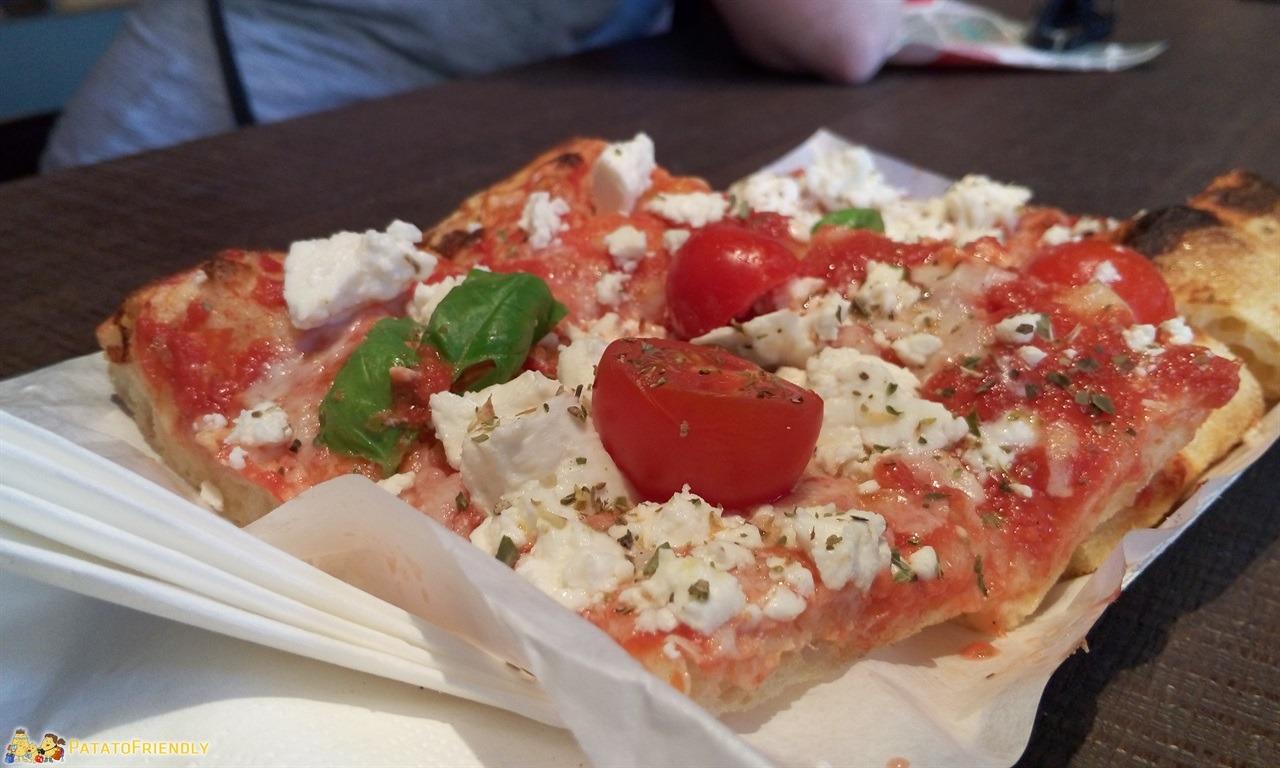 Tour di Milano - La buonissima pizza di Princi