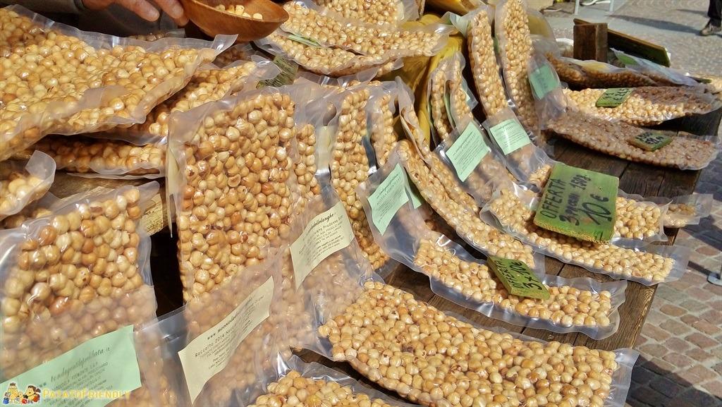 I prodotti tipici di Alba - La Tonda Gentile delle Langhe, ovvero la tipica Nocciola di Alba