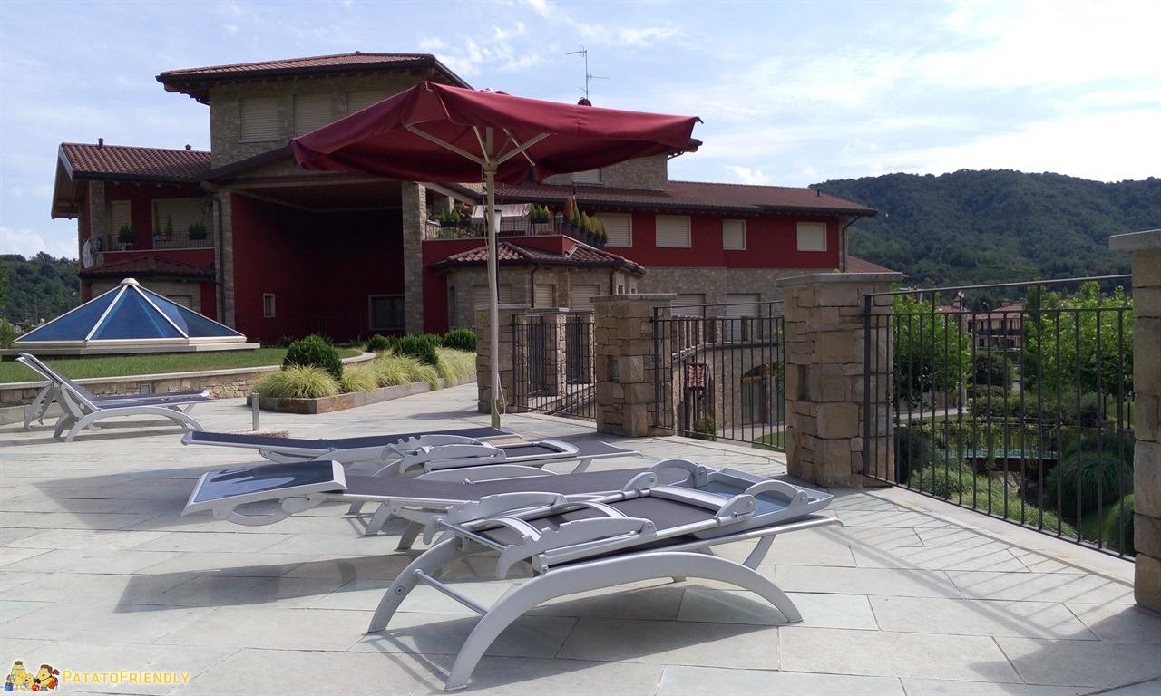 Spa per famiglie con bambini piccoli in Lombardia - Il solarium della Family Spa Tata O