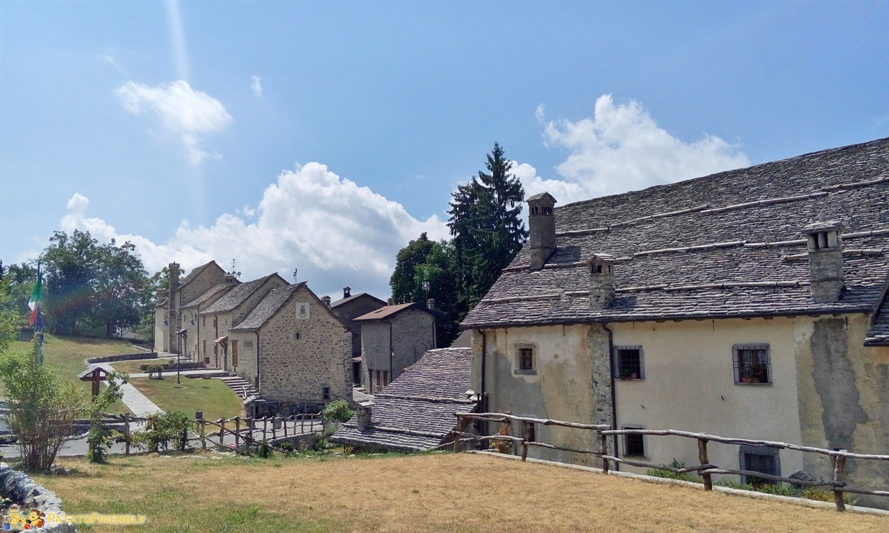 [cml_media_alt id='6392']Valle Imagna - Il piccolo borgo medievale[/cml_media_alt]
