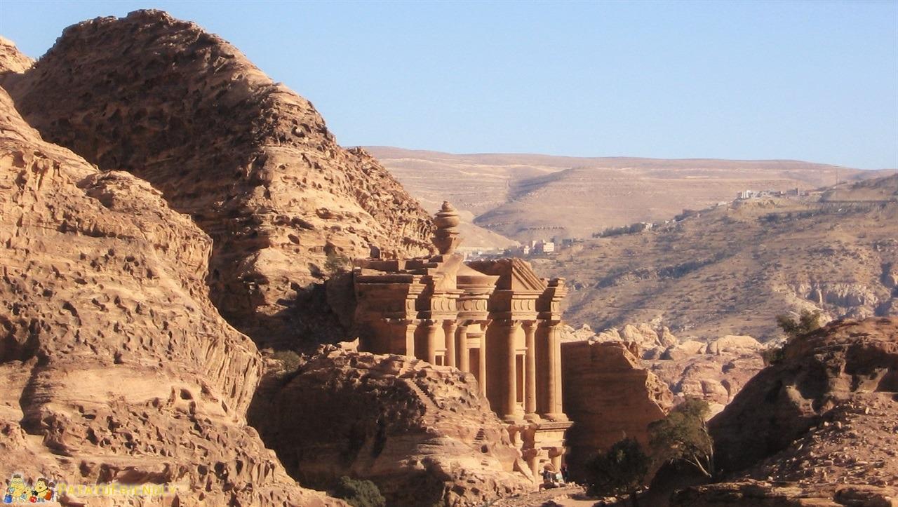 [cml_media_alt id='6513']Giordania - Uno dei meravigliosi templi della città di Petra[/cml_media_alt]
