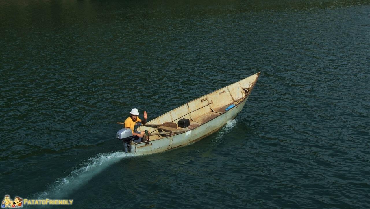 [cml_media_alt id='6582']Lago Koman - Un pescatore che abita sulle sponde del Lago[/cml_media_alt]