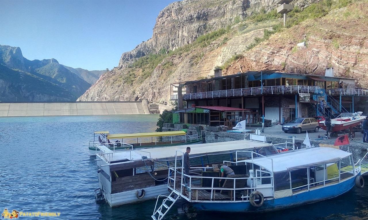 [cml_media_alt id='6584']Lago Koman - L'imbarco dalla diga di Koman[/cml_media_alt]