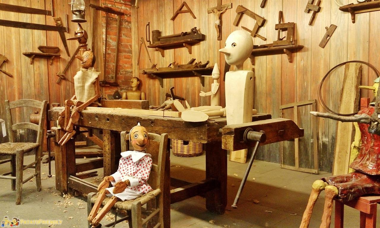 [cml_media_alt id='5996']Parco di Pinocchio - Il laboratorio di Geppetto[/cml_media_alt]
