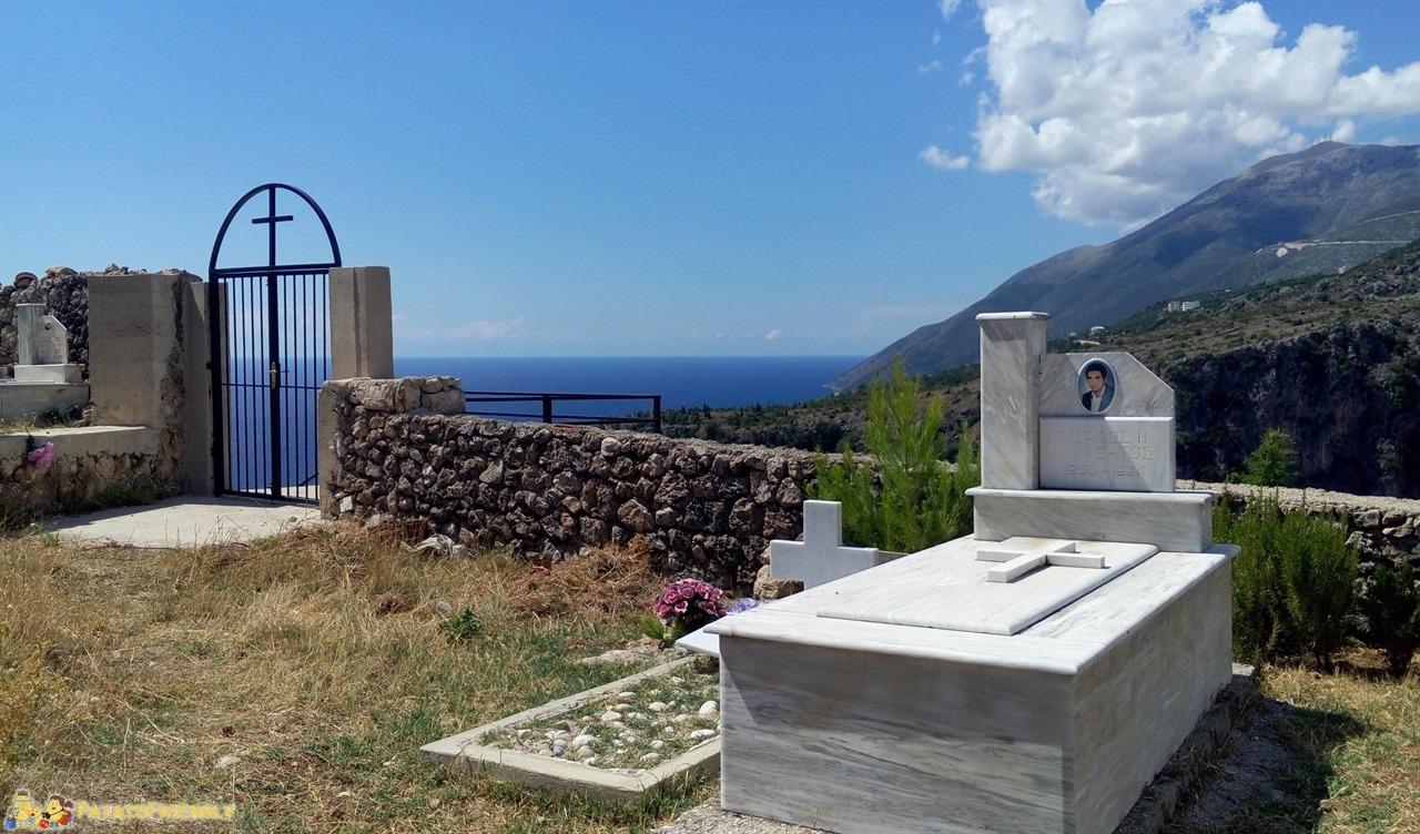 Viaggio in Albania - Panorama dalla chiesa ortodossa di Dhermi