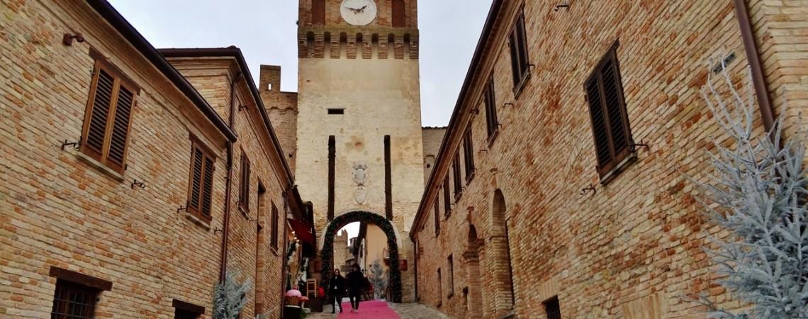Gradara - Il castello e le mura