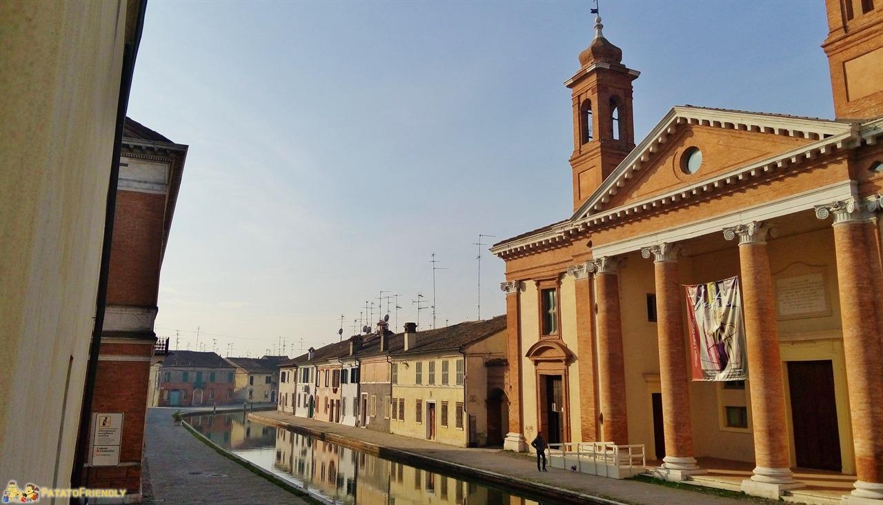 [cml_media_alt id='5967']Comacchio - I canali che attraversano la cittadina[/cml_media_alt]