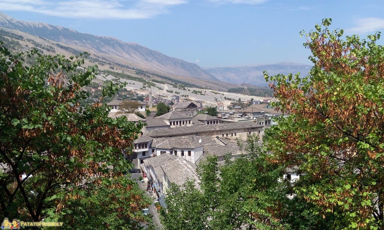 Gjirokastra - Panorama della città